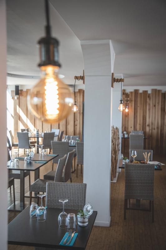 Yacht Club - Restaurant Port-Saint-Louis-du-Rhône